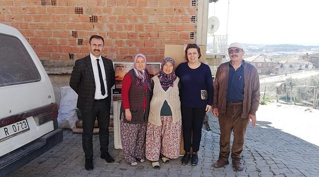 Gördes'te Evi Yanan Ailelere Büyükşehir Desteği