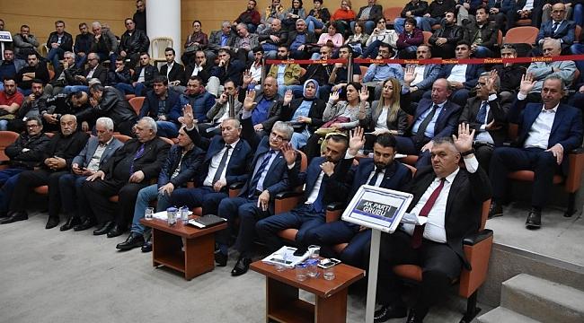 Akhisar Belediye Meclisinde Cumhur ittifakı ayrıldı