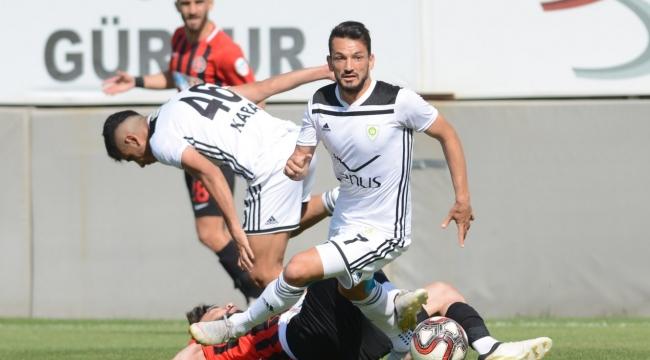 Manisa Büyükşehir Belediyespor 90'da Coştu: 1-0