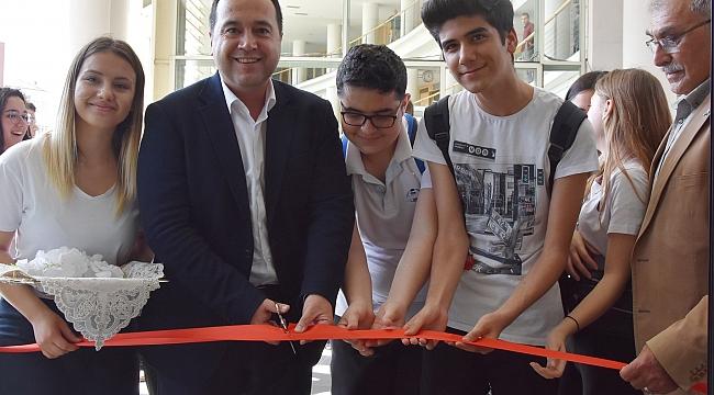 Özel Akhisar Merkez Lisesi Resim Sergisi açıldı