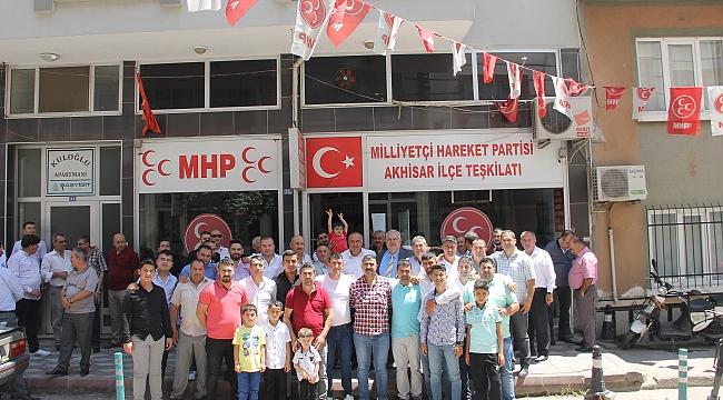 MHP Akhisar İlçe Teşkilatında Bayramlaşma