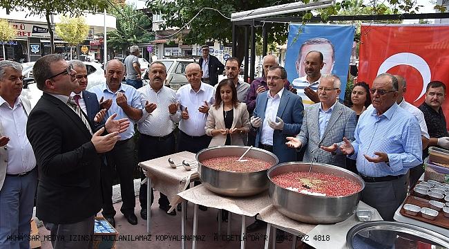 AK Parti Akhisar teşkilatından aşure hayrı