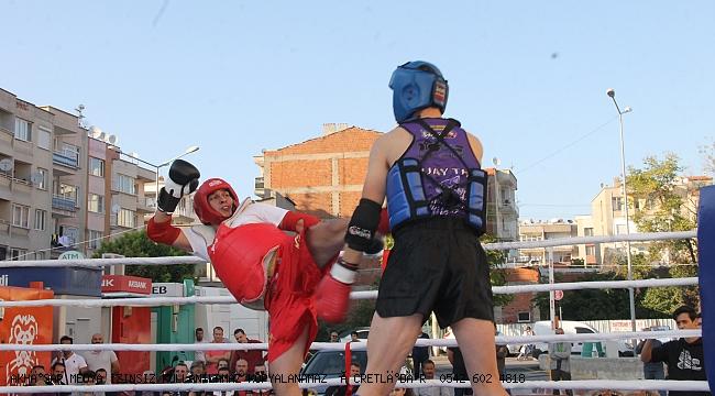 Akhisar'da ilk kez Muay thai Şampiyonası  yapıldı