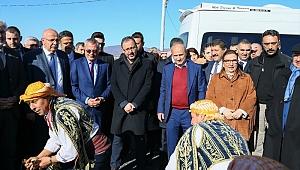Bakanlar Pekcan, Kasapoğlu ve Turhan, Manisa'da  yoğun ilgi