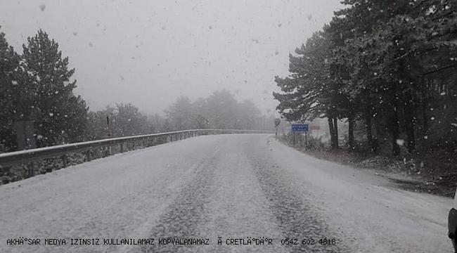 Manisa ya' Yılın ilk karı düştü