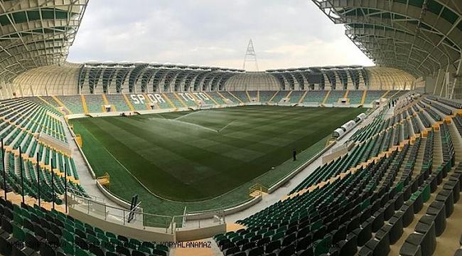 Akhisarspor  ilk devre  sahasında hiç yenilgi yüzü görmedi