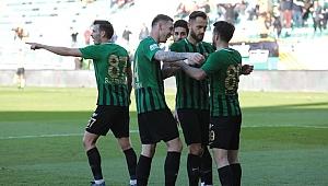 Akhisarspor, galibiyet hasretine evinde  Giresunspor'u  2-0  yenerek son verdi.