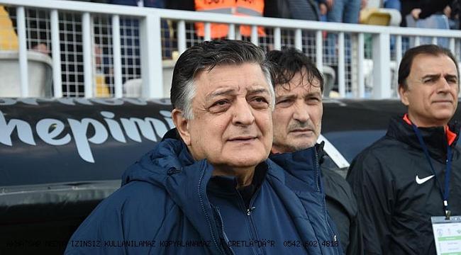 Akhisarspor Yılmaz Vural ile çoştu son 4 maç 3 galibiyet