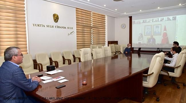 Vali Deniz Başkanlığında, Kaymakamlar ve İl Umumi Hıfzıssıhha Kurulu Üyeleri ile Toplantı Gerçekleştirildi