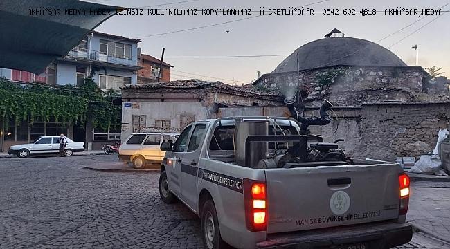 Akhisar'da Haşereyle Mücadele Devam Ediyor