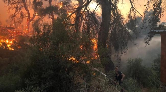 Manisa Büyükşehir Belediyesi Yangın Bölgesindeki Vatandaşların Tahliyesi İçin Seferber oldu