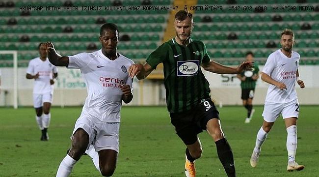 TFF 1. Lig'in ilk haftasında Akhisarspor, sahasında Tuzlaspor ile golsüz berabere kaldı.