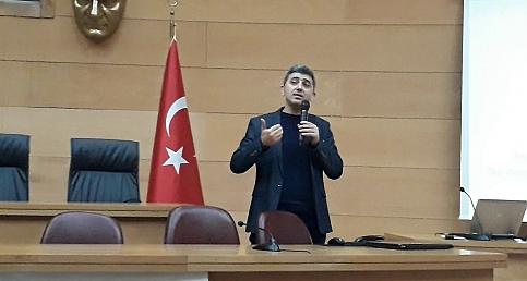 Akhisar da Sinema ve Algı Konferansı
